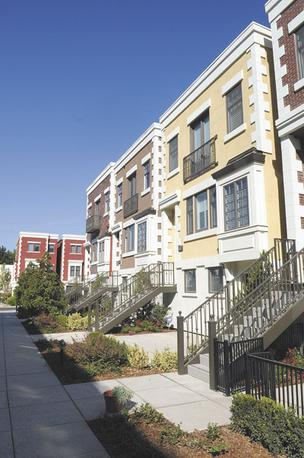 Upscale Project Tapestri Square Sees Buyer Surge